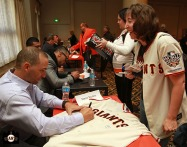 San Francisco Giants, S.F. Giants, photo, 2013, Play Ball Lunch, Jr. Giants, Marco Scutaro