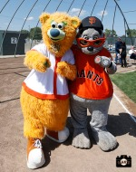 San Francisco Giants, S.F. Giants, photo, 2013, Los Banos, Junior Giants, Lou Seal, Fresno Grizzlies