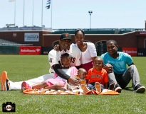 San Francisco Giants, S.F. Giants, photo, 2013, Family Day, Santiago Casilla