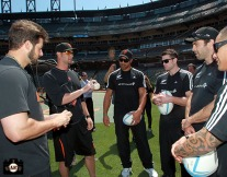 San Francisco Giants, S.F. Giants, photo, 2013, All Blacks, George Kontos, Ryan Vogelsong, Victor Vito, Sam Cane, Conrad Smith and Aaron Smith