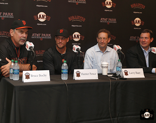 september 29, 2013, giants sign hunter pence to a 5 year contract, sf giants, photo