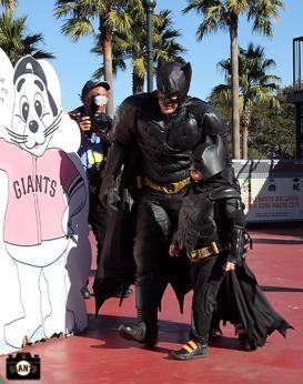 San Francisco Giants, S.F. Giants, photo, 2013, Lou Seal, Larry Baer, Batkid