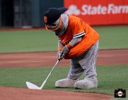 San Francisco Giants, S.F. Giants, photo, 2014, LPGA, Lou Seal