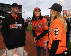 San Francisco Giants, S.F. Giants, photo, 2014, LPGA, Ryan Vogelsong, Michelle Wie, Paula Creamer