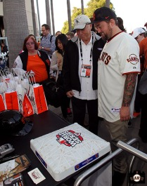 San Francisco Giants, S.F. Ginats, photo, 2014, Marty Lurie, Chumlee