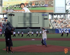 may 13, 2014, sf giants, photo, ken burns, first pitch,