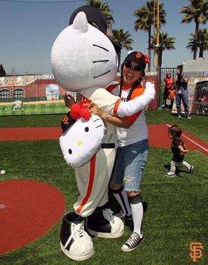 San Francisco Giants, S.F. Giants, photo, Hello Kitty