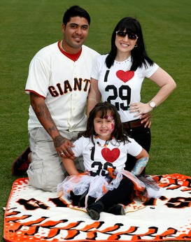San Francisco Giants, S.F. Giants, photo, 2014, Family Day, Hector Sanchez