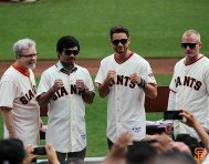 San Francisco Giants, S.F. Giants, photo, 2014, Manny Pacquiao, Freddie Roach, Chris Algieri, Tim Lane