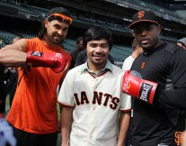 San Francisco Giants, S.F. Giants, photo, 2014, Manny Pacquiao, Angel Pagan, Santiago Casilla