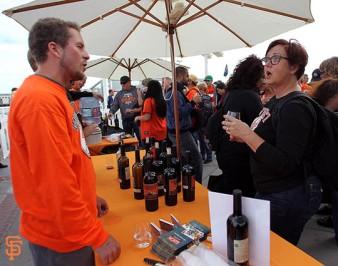 San Francisco Giants, S.F. Giants, photo, 2014, Wine Fest