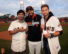 San Francisco Giants, S.F. Giants, photo, 2014, Manny Pacquiao, Chris Algieri, Sergio Romo