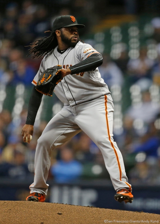 San Francisco Giants pitcher Johnny Cueto pitches against the Milwaukee Brewers in the 1st inning. The Giants defeated the Brewers 2-1.