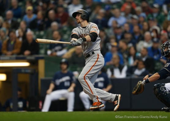 San Francisco Giants Matt Duffy homers in the 2nd inning.