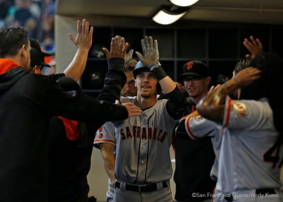 San Francisco Giants Matt duffy celebrates his 2nd inning homer with teammates.