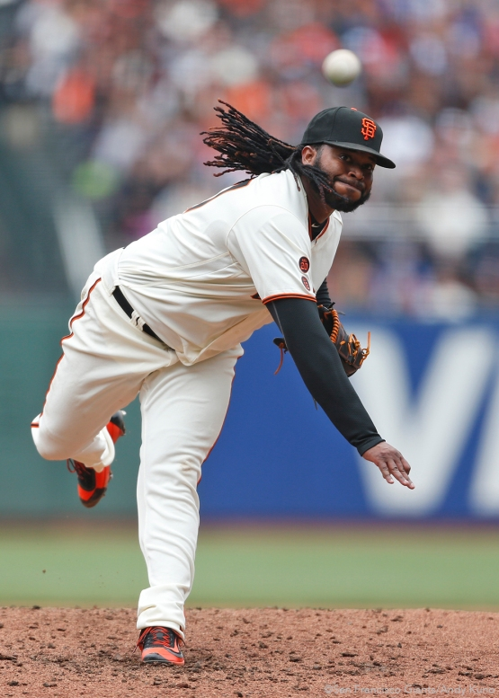 San Francisco Giants pitcher Johnny Cueto throws against the Dodgers during the 3rd inning.The Giants defeated the Dodgers 9-6.