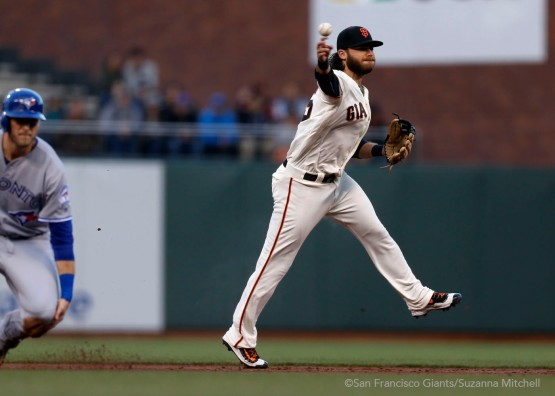 Brandon Crawford throws out Russell Martin in the first inning.
