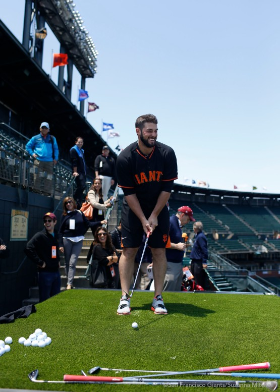 George Kontos gets ready to fire off a chip shot.