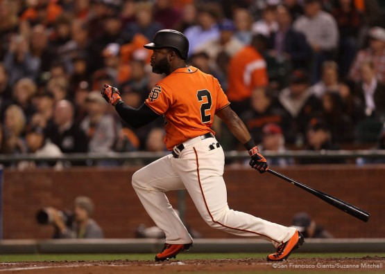 San Francisco Giants Denard Span doubles in Joe Panik during the 3rd inning.
