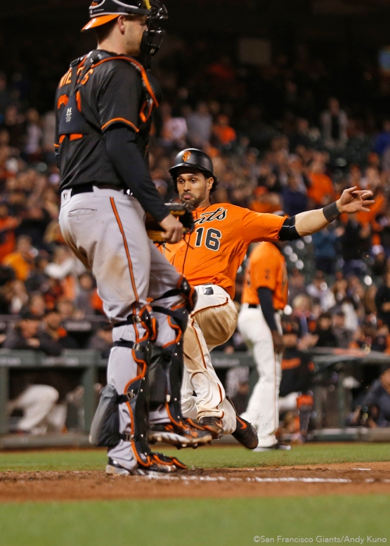 San Francisco Giants Angel Pagan scores a 9th inning run.