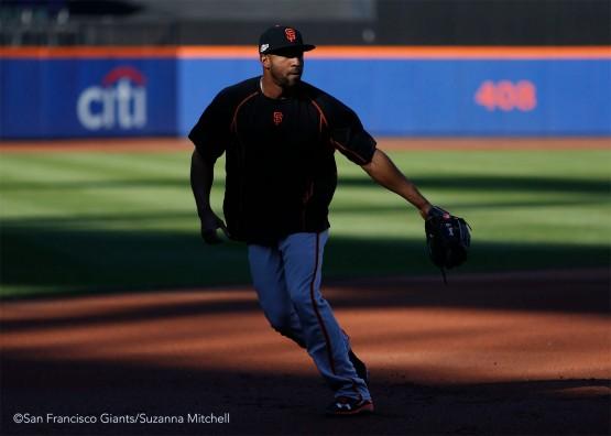 Eduardo Nunez takes fielding practice.